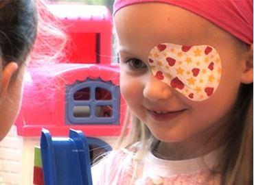 Immagine per la categoria Medicazione oculare, terapia ortottica e gocce oculari